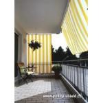 Šikmá sluneční plachta 230x140 cm žluto-bílá s napínací technikou
